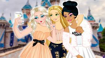 Princesses vs Princes Selfie Battle | Mahee.es